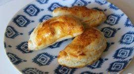 Empanadillas de hojaldre al horno rellenas de verduras