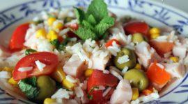 Ensalada de arroz con pechuga de pavo
