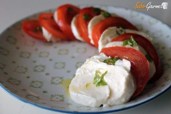 ensalada-tomate-mozzarella