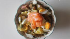 Ensalada de patata y salmón ahumado