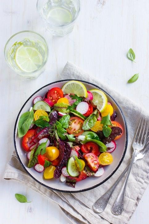 Ensaladas coloridas como darle color a la ensalada tomates amarillos