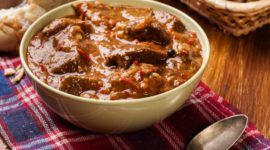 Goulash: qué es, origen, cómo prepararlo y las mejores recetas