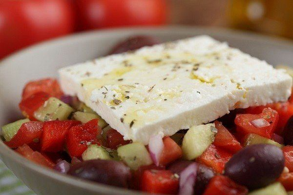 La ensalada de pimientos y queso fresco