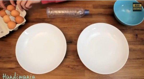 la-tecnica-simplre-de-como-separar-la-yema-y-la-clara-del-huevo-con-una-botella-de-plastico-video