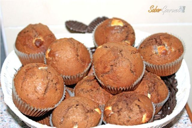 muffins chocolate negro y blanco
