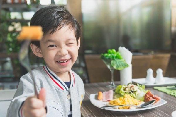 Ninos y alimentacion sana