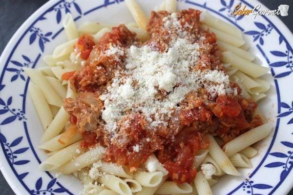 pasta-con-salsa-de-atun