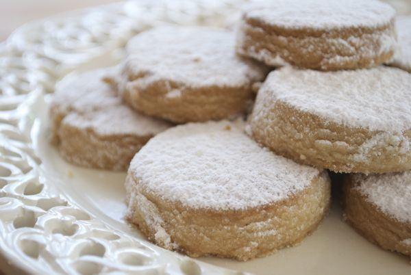 postres-y-dulces-para-las-fiestas-de-navidad-polvorones-caseros