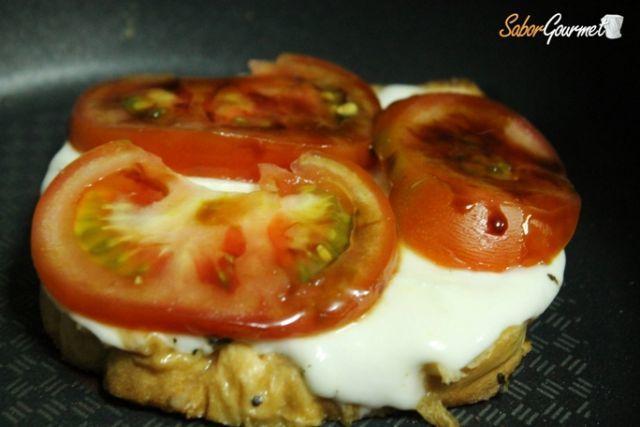 preparacion sandwich caprese