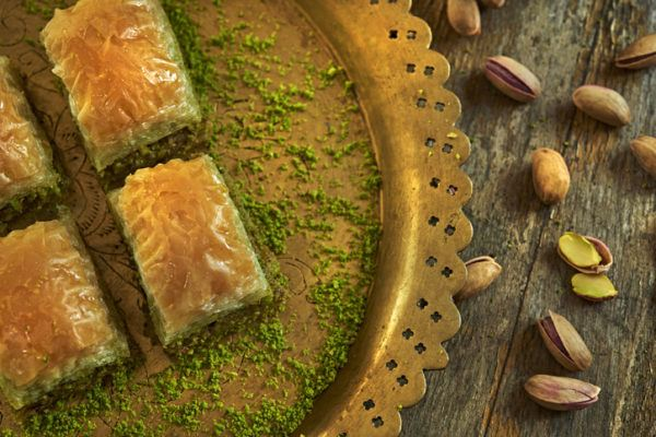 Preparar baklava pistachos