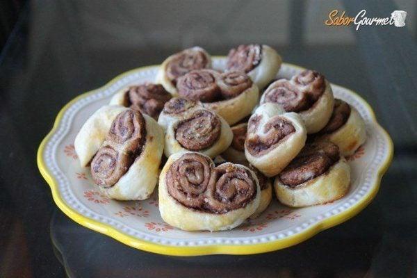 recetas-de-hojaldre-faciles-palmeritas-hojaldre-nutella