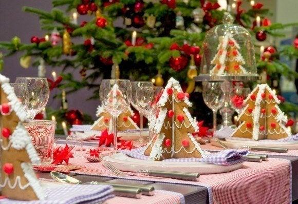 recetas-para-navidad-y-fin-de-ano-2013-mesa-navideñas-con-arboles-de-galleta