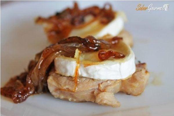 recetas-san-valentin-2016-primer-plato-solomillo-queso-cabra-cebolla-caramelizada