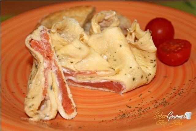 rollito de tortilla y salmón ahumado