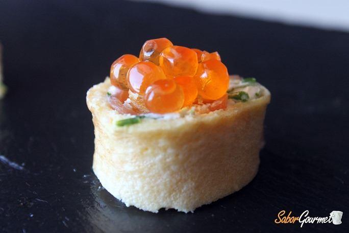 rollitos-salmon-queso-huevas-salmon