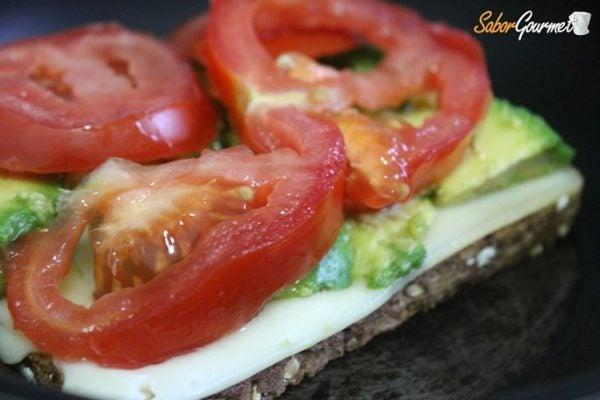 sandwich-aguacate
