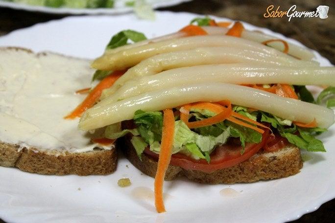sandwich-vegetal-esparragos