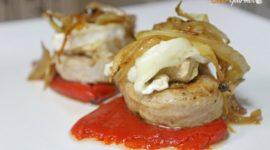 Solomillo con foie, queso de cabra y pimientos