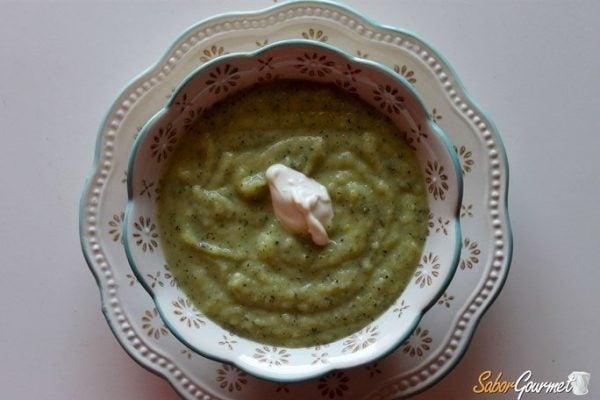 sopa-de-calabacin-crema-calabacin