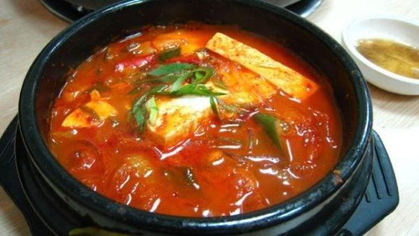 sopa-kimchi