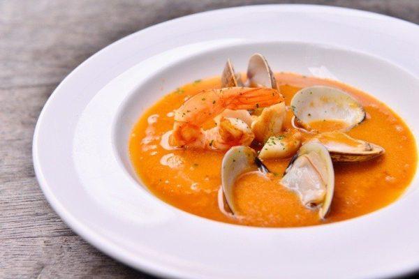 Sopa pescado marisco