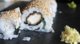 Sushi de pollo estilo César