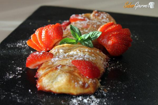 trenza-hojaldre-fresas