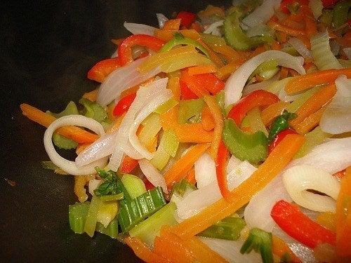 C mo hacer verduras salteadas receta f cil - Como hacer verduras salteadas ...
